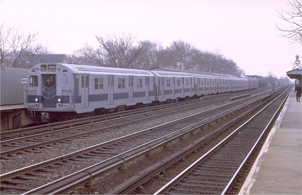 (206k, 1024x662)<br><b>Country:</b> United States<br><b>City:</b> New York<br><b>System:</b> New York City Transit<br><b>Line:</b> BMT Brighton Line<br><b>Location:</b> Avenue J<br><b>Route:</b> QJ<br><b>Car:</b> R-27 (St. Louis, 1960) 8214 <br><b>Photo by:</b> Doug Grotjahn<br><b>Collection of:</b> Joe Testagrose<br><b>Date:</b> 3/31/1971<br><b>Viewed (this week/total):</b> 0 / 3490