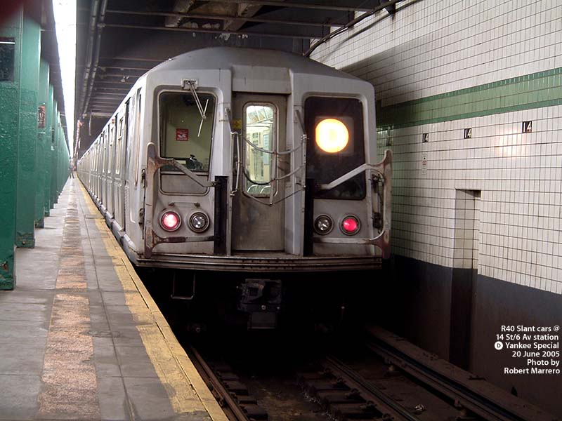 (101k, 800x600)<br><b>Country:</b> United States<br><b>City:</b> New York<br><b>System:</b> New York City Transit<br><b>Line:</b> IND 6th Avenue Line<br><b>Location:</b> 14th Street<br><b>Route:</b> D<br><b>Car:</b> R-40 (St. Louis, 1968)  <br><b>Photo by:</b> Robert Marrero<br><b>Date:</b> 6/20/2005<br><b>Notes:</b> R40 Slant extra train on Yankees special service.<br><b>Viewed (this week/total):</b> 0 / 6260
