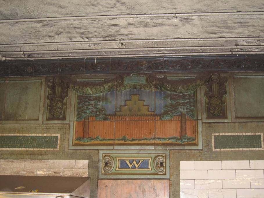 (84k, 909x682)<br><b>Country:</b> United States<br><b>City:</b> New York<br><b>System:</b> New York City Transit<br><b>Line:</b> IRT East Side Line<br><b>Location:</b> Wall Street<br><b>Photo by:</b> Robbie Rosenfeld<br><b>Date:</b> 7/10/2005<br><b>Viewed (this week/total):</b> 0 / 2790
