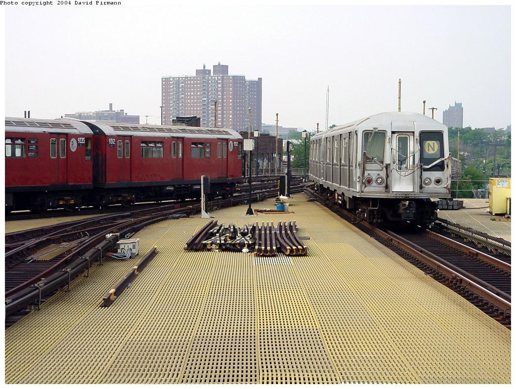 (181k, 1044x788)<br><b>Country:</b> United States<br><b>City:</b> New York<br><b>System:</b> New York City Transit<br><b>Location:</b> Coney Island/Stillwell Avenue<br><b>Route:</b> Fan Trip<br><b>Car:</b> R-33 World's Fair (St. Louis, 1963-64) 9312 <br><b>Photo by:</b> David Pirmann<br><b>Date:</b> 8/27/2000<br><b>Viewed (this week/total):</b> 1 / 5552