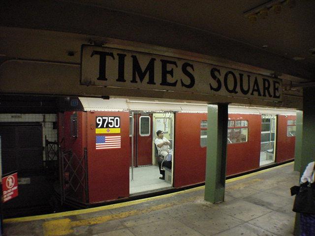 (61k, 640x480)<br><b>Country:</b> United States<br><b>City:</b> New York<br><b>System:</b> New York City Transit<br><b>Line:</b> IRT Flushing Line<br><b>Location:</b> Times Square<br><b>Car:</b> R-36 World's Fair (St. Louis, 1963-64) 9750 <br><b>Photo by:</b> Salaam Allah<br><b>Date:</b> 9/17/2002<br><b>Viewed (this week/total):</b> 0 / 5531