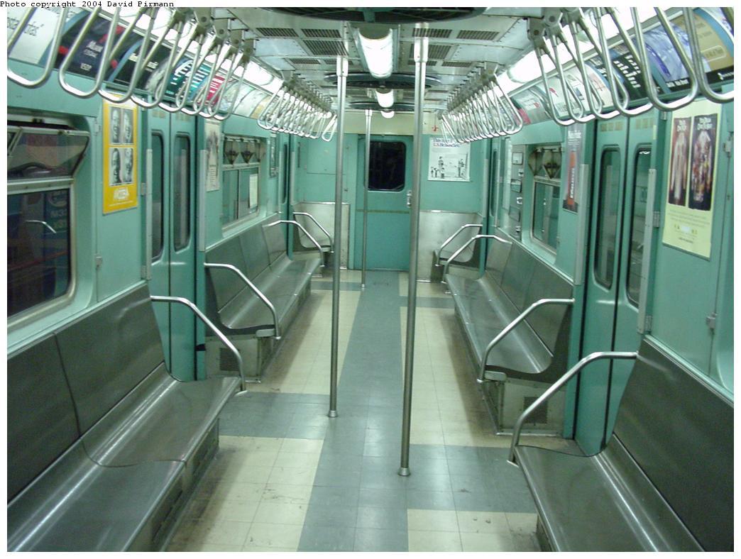 (128k, 1044x788)<br><b>Country:</b> United States<br><b>City:</b> New York<br><b>System:</b> New York City Transit<br><b>Location:</b> New York Transit Museum<br><b>Car:</b> R-33 World's Fair (St. Louis, 1963-64) 9306 <br><b>Photo by:</b> David Pirmann<br><b>Date:</b> 3/12/2000<br><b>Viewed (this week/total):</b> 1 / 15968