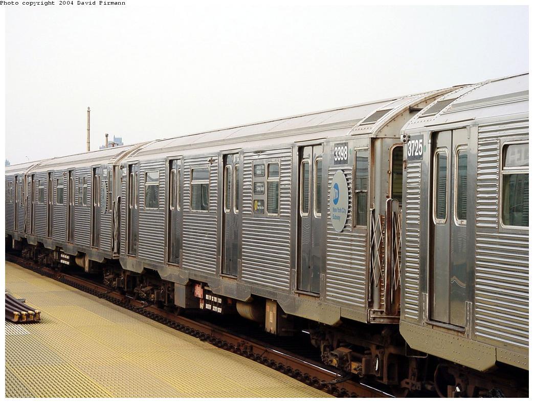 (148k, 1044x788)<br><b>Country:</b> United States<br><b>City:</b> New York<br><b>System:</b> New York City Transit<br><b>Location:</b> Coney Island/Stillwell Avenue<br><b>Route:</b> N<br><b>Car:</b> R-32 (Budd, 1964) 3398 <br><b>Photo by:</b> David Pirmann<br><b>Date:</b> 8/27/2000<br><b>Viewed (this week/total):</b> 0 / 5102