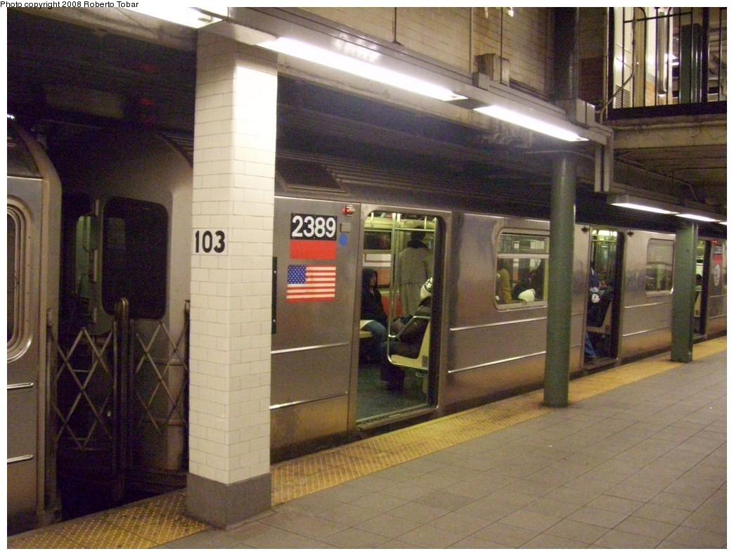 (214k, 1044x791)<br><b>Country:</b> United States<br><b>City:</b> New York<br><b>System:</b> New York City Transit<br><b>Line:</b> IRT West Side Line<br><b>Location:</b> 103rd Street<br><b>Route:</b> 1<br><b>Car:</b> R-62A (Bombardier, 1984-1987) 2389 <br><b>Photo by:</b> Roberto C. Tobar<br><b>Date:</b> 1/19/2008<br><b>Viewed (this week/total):</b> 1 / 3207