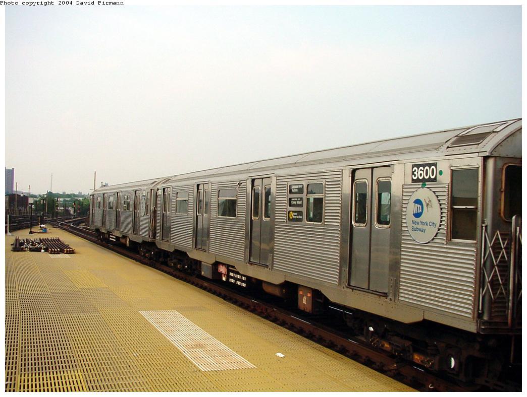 (126k, 1044x788)<br><b>Country:</b> United States<br><b>City:</b> New York<br><b>System:</b> New York City Transit<br><b>Location:</b> Coney Island/Stillwell Avenue<br><b>Route:</b> N<br><b>Car:</b> R-32 (Budd, 1964) 3600 <br><b>Photo by:</b> David Pirmann<br><b>Date:</b> 8/27/2000<br><b>Viewed (this week/total):</b> 1 / 4081
