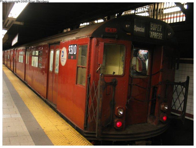 (86k, 820x620)<br><b>Country:</b> United States<br><b>City:</b> New York<br><b>System:</b> New York City Transit<br><b>Line:</b> IRT East Side Line<br><b>Location:</b> Brooklyn Bridge/City Hall<br><b>Route:</b> Fan Trip<br><b>Car:</b> R-33 World's Fair (St. Louis, 1963-64) 9310 <br><b>Photo by:</b> Brian Weinberg<br><b>Date:</b> 12/21/2003<br><b>Viewed (this week/total):</b> 4 / 5149
