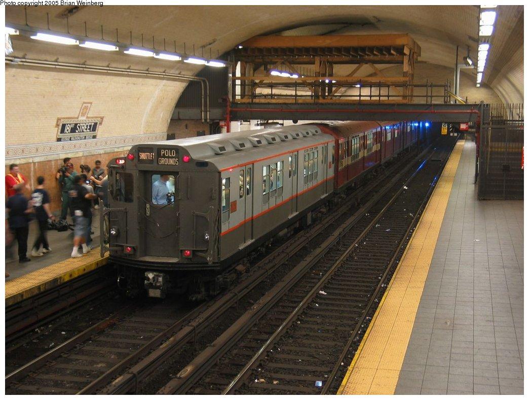 (169k, 1044x788)<br><b>Country:</b> United States<br><b>City:</b> New York<br><b>System:</b> New York City Transit<br><b>Line:</b> IRT West Side Line<br><b>Location:</b> 181st Street<br><b>Route:</b> Fan Trip<br><b>Car:</b> R-12 (American Car & Foundry, 1948) 5760 <br><b>Photo by:</b> Brian Weinberg<br><b>Date:</b> 6/29/2003<br><b>Viewed (this week/total):</b> 3 / 7080