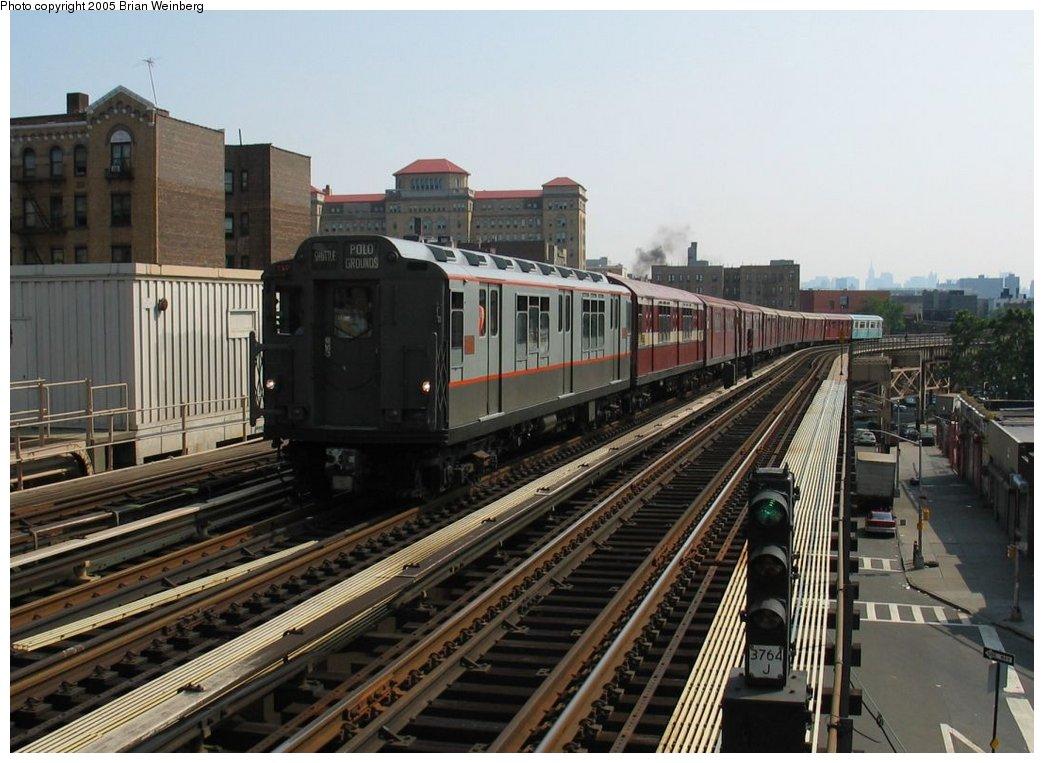 (164k, 1044x763)<br><b>Country:</b> United States<br><b>City:</b> New York<br><b>System:</b> New York City Transit<br><b>Line:</b> IRT Woodlawn Line<br><b>Location:</b> 170th Street<br><b>Route:</b> Fan Trip<br><b>Car:</b> R-12 (American Car & Foundry, 1948) 5760 <br><b>Photo by:</b> Brian Weinberg<br><b>Date:</b> 6/29/2003<br><b>Viewed (this week/total):</b> 0 / 3289