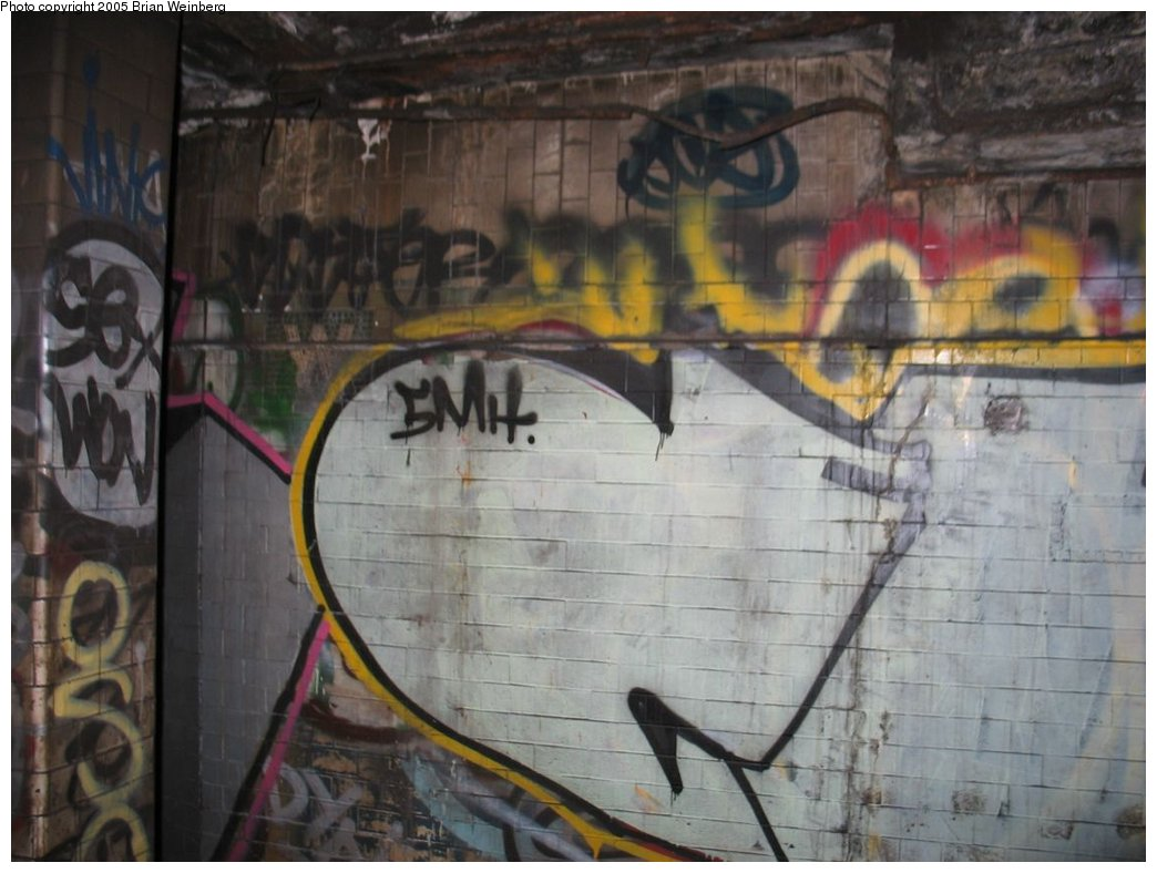 (143k, 1044x788)<br><b>Country:</b> United States<br><b>City:</b> New York<br><b>System:</b> New York City Transit<br><b>Line:</b> IRT East Side Line<br><b>Location:</b> Worth Street<br><b>Photo by:</b> Brian Weinberg<br><b>Date:</b> 6/29/2003<br><b>Notes:</b> View from passing train window.<br><b>Viewed (this week/total):</b> 5 / 13569