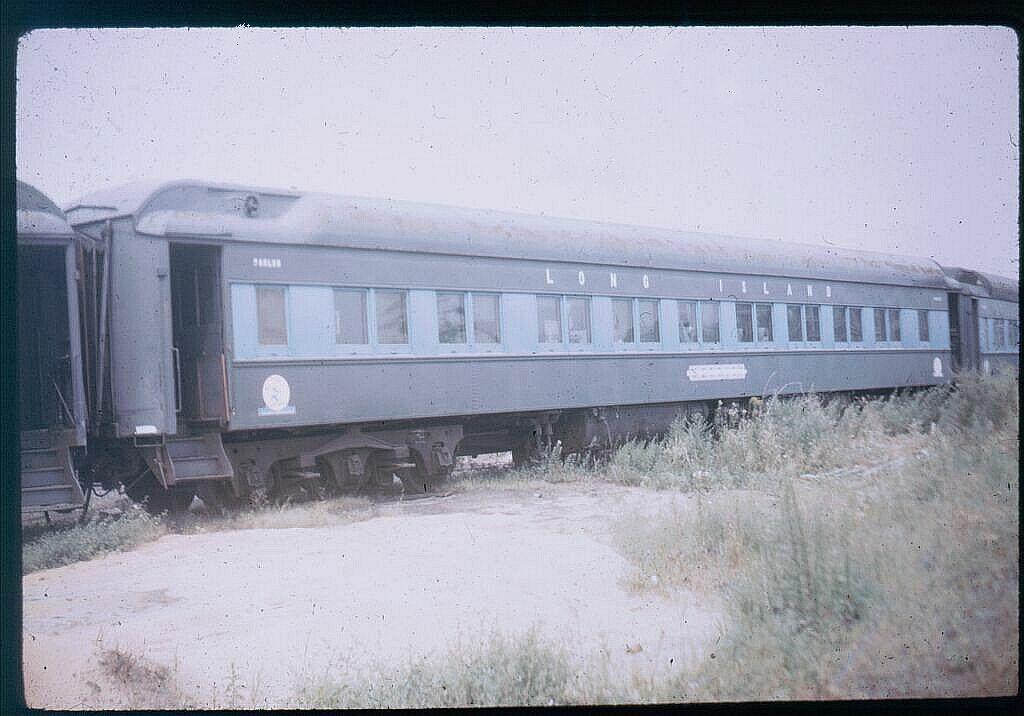 (91k, 1024x716)<br><b>Country:</b> United States<br><b>System:</b> Long Island Rail Road<br><b>Line:</b> LIRR Port Washington<br><b>Location:</b> Flushing<br><b>Car:</b> LIRR P74 Coach 2027 <br><b>Photo by:</b> Steve Hoskins<br><b>Notes:</b> 1960s<br><b>Viewed (this week/total):</b> 0 / 3083