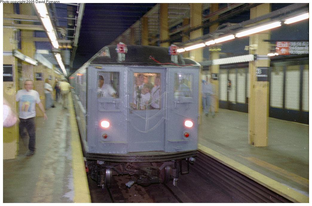 (179k, 1044x689)<br><b>Country:</b> United States<br><b>City:</b> New York<br><b>System:</b> New York City Transit<br><b>Line:</b> IRT Pelham Line<br><b>Location:</b> 3rd Avenue/138th Street<br><b>Route:</b> Fan Trip<br><b>Car:</b> Low-V (Museum Train) 5292 <br><b>Photo by:</b> David Pirmann<br><b>Date:</b> 9/13/1998<br><b>Viewed (this week/total):</b> 4 / 5852
