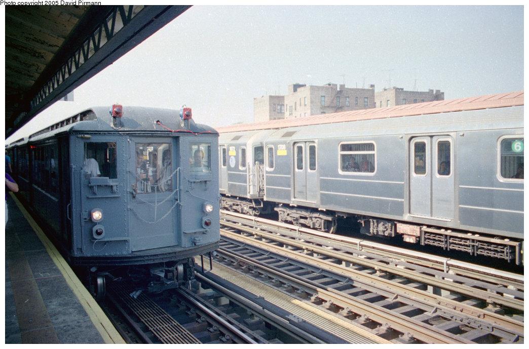 (204k, 1044x690)<br><b>Country:</b> United States<br><b>City:</b> New York<br><b>System:</b> New York City Transit<br><b>Line:</b> IRT Pelham Line<br><b>Location:</b> Morrison/Soundview Aves.<br><b>Route:</b> 6<br><b>Car:</b> R-62A (Bombardier, 1984-1987) 1708 <br><b>Photo by:</b> David Pirmann<br><b>Date:</b> 9/13/1998<br><b>Viewed (this week/total):</b> 5 / 5032