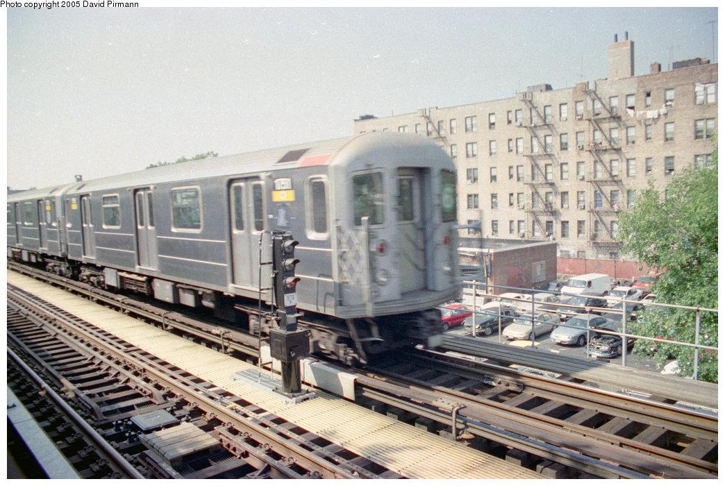 (228k, 1044x700)<br><b>Country:</b> United States<br><b>City:</b> New York<br><b>System:</b> New York City Transit<br><b>Line:</b> IRT Pelham Line<br><b>Location:</b> Westchester Square<br><b>Route:</b> 6<br><b>Car:</b> R-62A (Bombardier, 1984-1987) 1751 <br><b>Photo by:</b> David Pirmann<br><b>Date:</b> 9/13/1998<br><b>Viewed (this week/total):</b> 2 / 3890