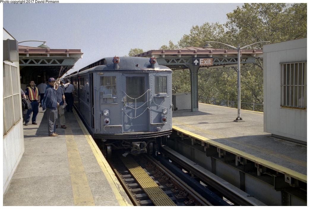 (393k, 1044x703)<br><b>Country:</b> United States<br><b>City:</b> New York<br><b>System:</b> New York City Transit<br><b>Line:</b> IRT Pelham Line<br><b>Location:</b> East 177th Street/Parkchester<br><b>Route:</b> Fan Trip<br><b>Car:</b> Low-V (Museum Train) 5443 <br><b>Photo by:</b> David Pirmann<br><b>Date:</b> 9/13/1998<br><b>Viewed (this week/total):</b> 2 / 2619