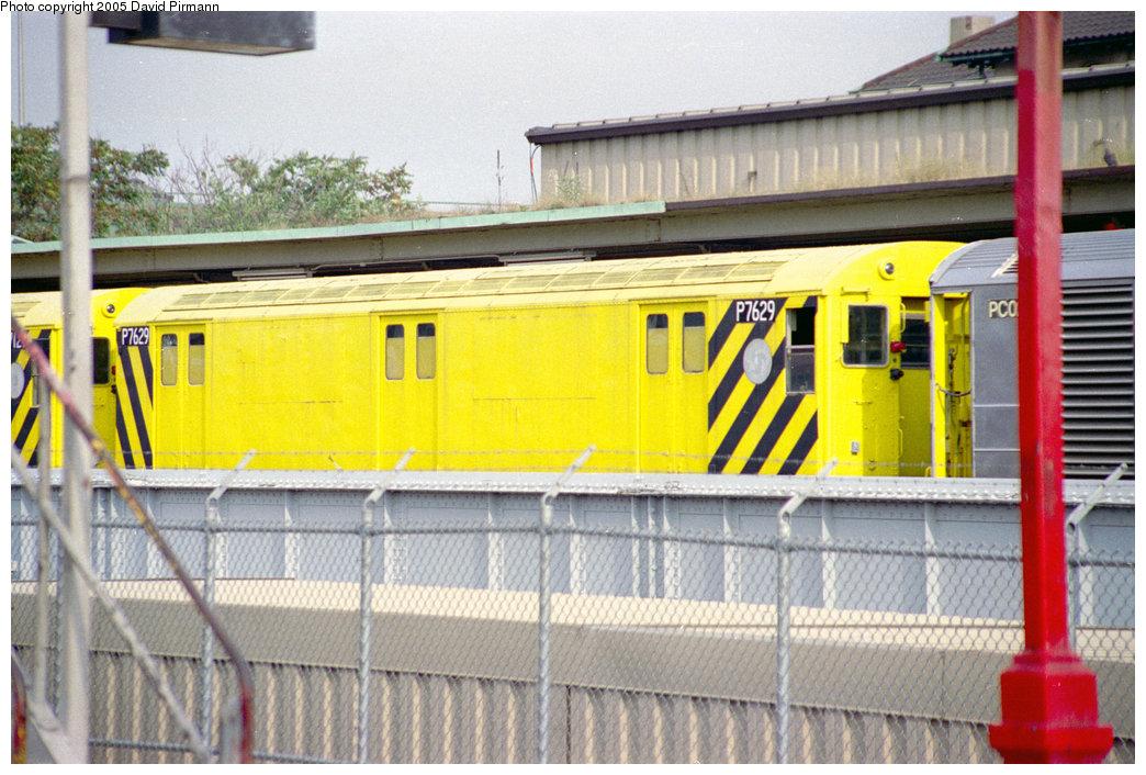 (228k, 1044x706)<br><b>Country:</b> United States<br><b>City:</b> New York<br><b>System:</b> New York City Transit<br><b>Location:</b> East 180th Street Yard<br><b>Car:</b> R-71 Pump/Reach Car (R-17/R-21/R-22 Rebuilds) P7629 (ex-7629)<br><b>Photo by:</b> David Pirmann<br><b>Date:</b> 9/13/1998<br><b>Notes:</b> Reach car.<br><b>Viewed (this week/total):</b> 4 / 4540