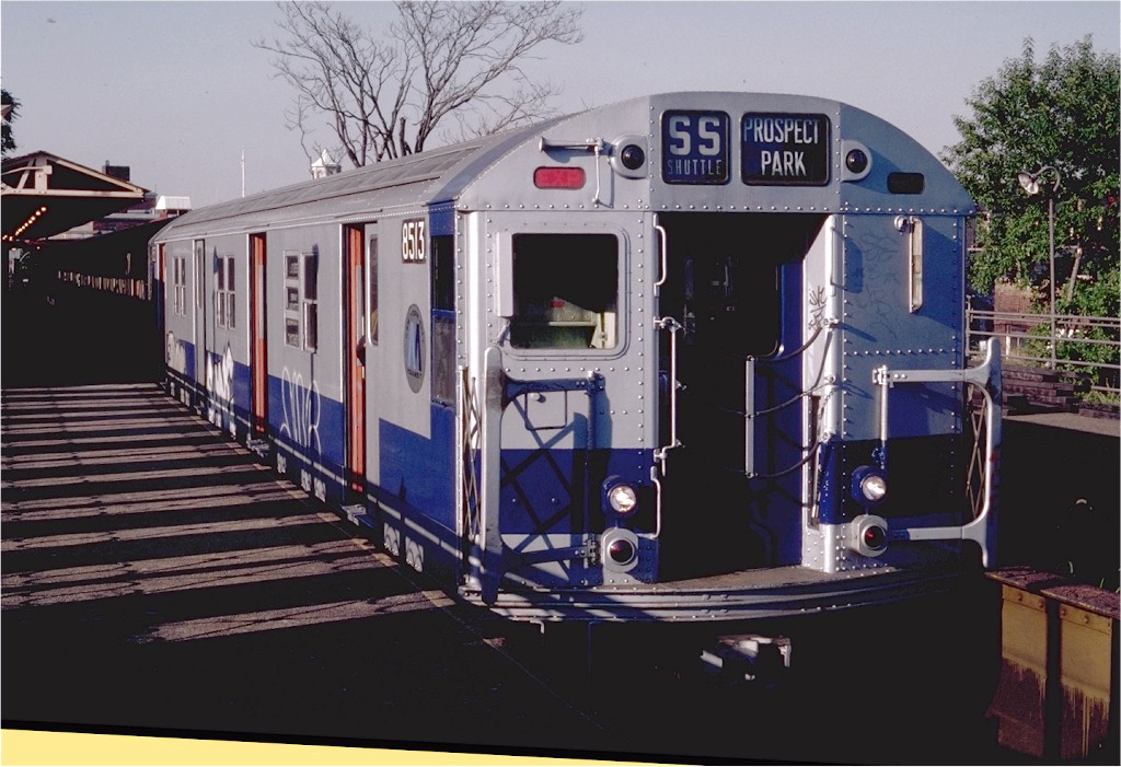 (187k, 1024x701)<br><b>Country:</b> United States<br><b>City:</b> New York<br><b>System:</b> New York City Transit<br><b>Line:</b> BMT Franklin Shuttle<br><b>Location:</b> Franklin Avenue<br><b>Route:</b> Franklin Shuttle<br><b>Car:</b> R-30 (St. Louis, 1961) 8513 <br><b>Photo by:</b> Steve Zabel<br><b>Collection of:</b> Joe Testagrose<br><b>Date:</b> 9/19/1982<br><b>Viewed (this week/total):</b> 0 / 4276