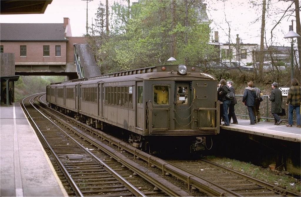 (246k, 1024x671)<br><b>Country:</b> United States<br><b>City:</b> New York<br><b>System:</b> New York City Transit<br><b>Line:</b> SIRT<br><b>Location:</b> Great Kills<br><b>Route:</b> Fan Trip<br><b>Car:</b> SIRT ME-1 (Motor) 346 <br><b>Photo by:</b> Joe Testagrose<br><b>Date:</b> 4/28/1973<br><b>Viewed (this week/total):</b> 0 / 4721