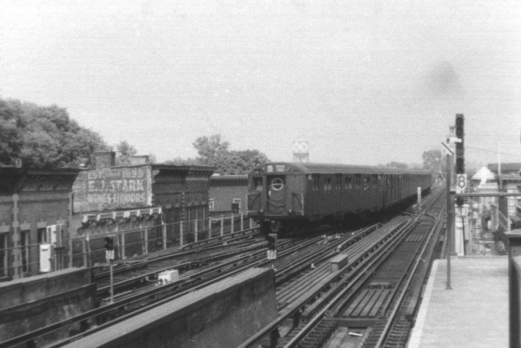 (211k, 1024x683)<br><b>Country:</b> United States<br><b>City:</b> New York<br><b>System:</b> New York City Transit<br><b>Line:</b> BMT Nassau Street-Jamaica Line<br><b>Location:</b> 111th Street<br><b>Route:</b> BMT 15-Jamaica<br><b>Car:</b> R-16 (American Car & Foundry, 1955)  <br><b>Collection of:</b> David Pirmann<br><b>Viewed (this week/total):</b> 1 / 3647