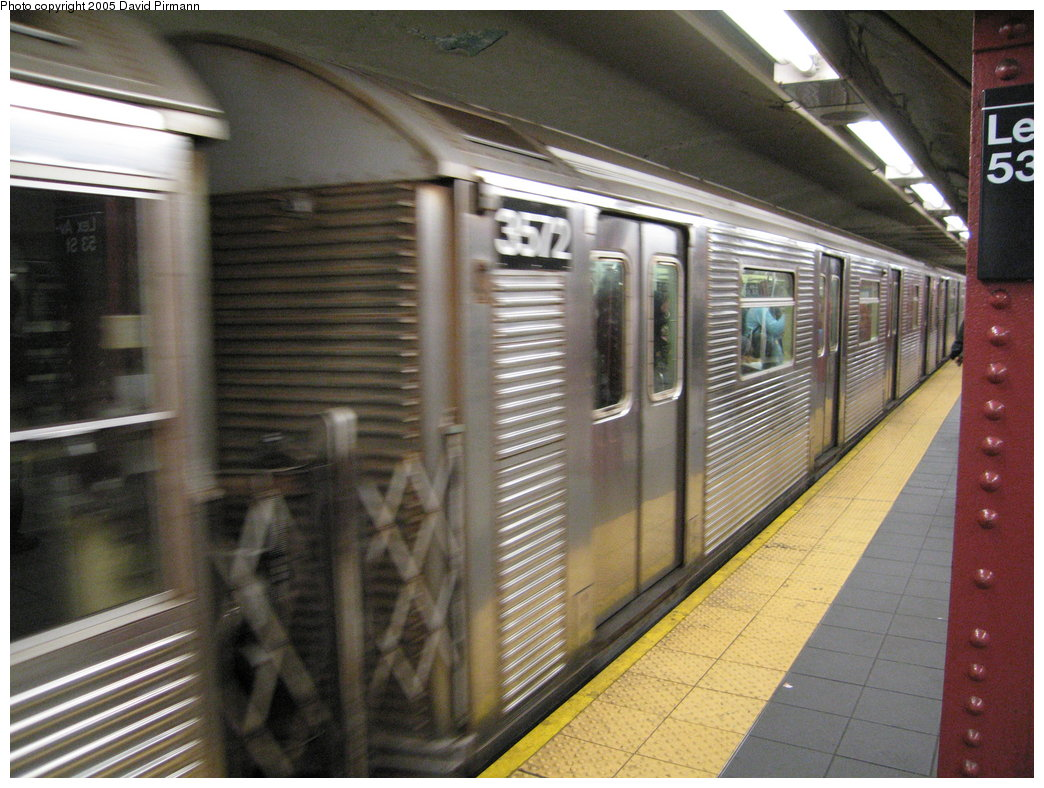 (191k, 1044x788)<br><b>Country:</b> United States<br><b>City:</b> New York<br><b>System:</b> New York City Transit<br><b>Line:</b> IND Queens Boulevard Line<br><b>Location:</b> Lexington Avenue-53rd Street<br><b>Route:</b> E<br><b>Car:</b> R-32 (Budd, 1964) 3572 <br><b>Photo by:</b> David Pirmann<br><b>Date:</b> 12/30/2005<br><b>Viewed (this week/total):</b> 4 / 4265
