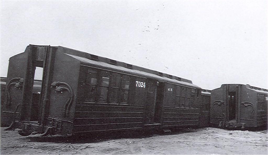 (122k, 1024x594)<br><b>Country:</b> United States<br><b>City:</b> New York<br><b>System:</b> New York City Transit<br><b>Car:</b> BMT Multisection 7024 <br><b>Photo by:</b> Ed Watson/Arthur Lonto Collection<br><b>Collection of:</b> Joe Testagrose<br><b>Viewed (this week/total):</b> 0 / 2847