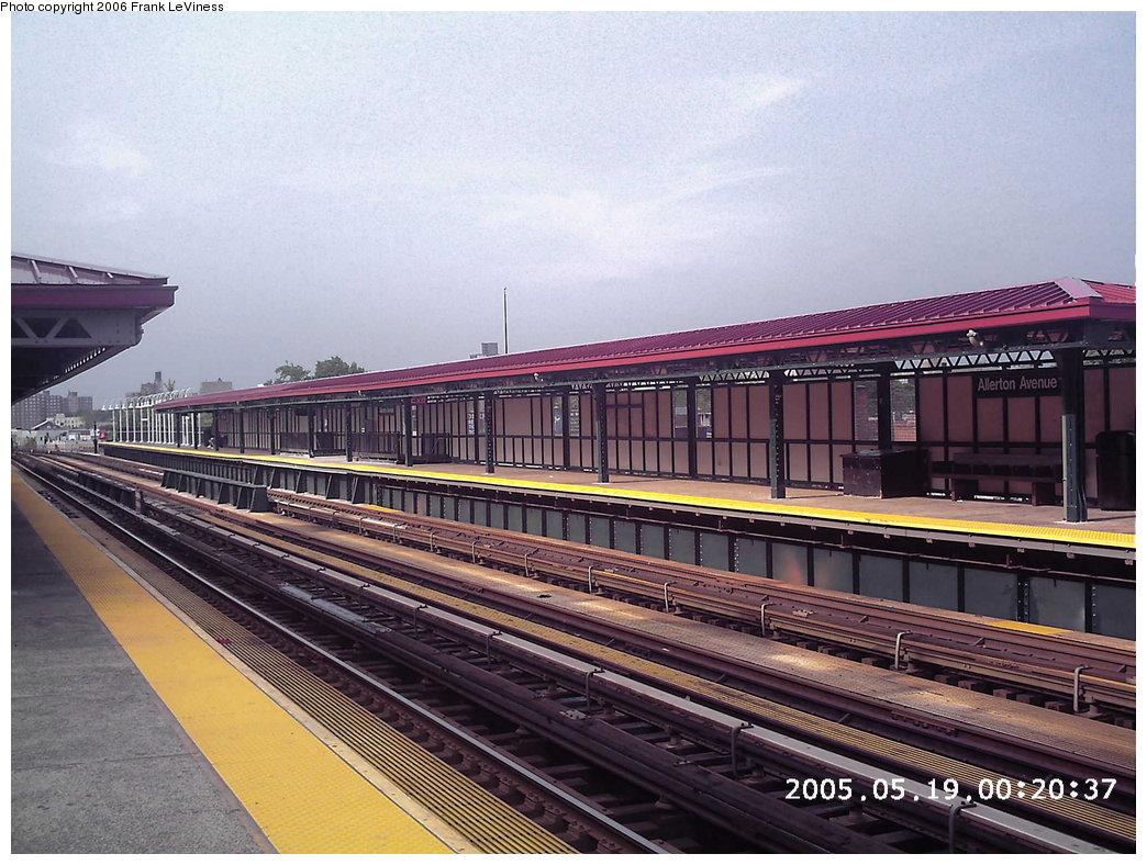 (201k, 1044x788)<br><b>Country:</b> United States<br><b>City:</b> New York<br><b>System:</b> New York City Transit<br><b>Line:</b> IRT White Plains Road Line<br><b>Location:</b> Allerton Avenue<br><b>Photo by:</b> Frank LeViness<br><b>Date:</b> 6/11/2005<br><b>Viewed (this week/total):</b> 1 / 2939