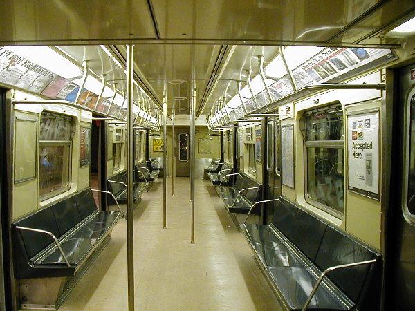 (96k, 600x450)<br><b>Country:</b> United States<br><b>City:</b> New York<br><b>System:</b> New York City Transit<br><b>Car:</b> R-40 (St. Louis, 1968) Interior <br><b>Photo by:</b> Trevor Logan<br><b>Date:</b> 6/11/2001<br><b>Viewed (this week/total):</b> 6 / 15981