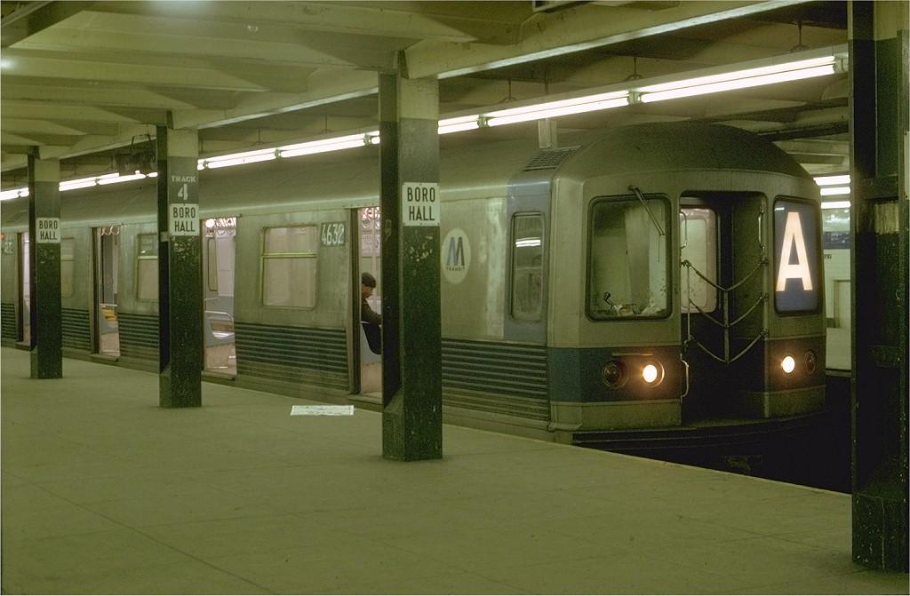 (164k, 1024x671)<br><b>Country:</b> United States<br><b>City:</b> New York<br><b>System:</b> New York City Transit<br><b>Line:</b> IND 8th Avenue Line<br><b>Location:</b> Jay St./Metrotech (Borough Hall)<br><b>Route:</b> A<br><b>Car:</b> R-42 (St. Louis, 1969-1970) 4632 <br><b>Photo by:</b> Joe Testagrose<br><b>Date:</b> 1/31/1970<br><b>Viewed (this week/total):</b> 3 / 4965
