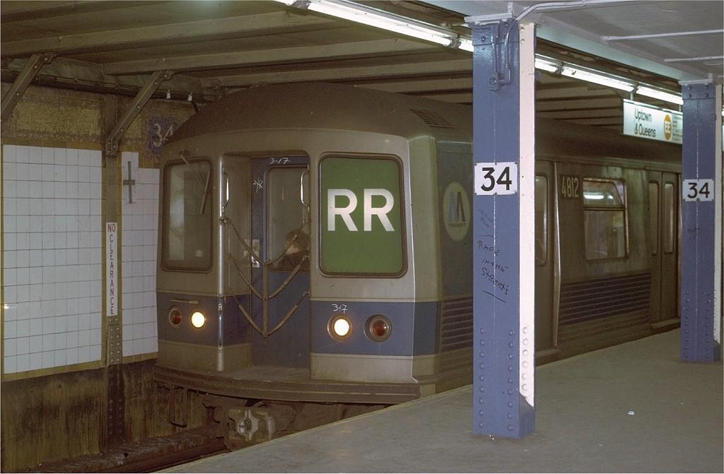 (169k, 1024x671)<br><b>Country:</b> United States<br><b>City:</b> New York<br><b>System:</b> New York City Transit<br><b>Line:</b> BMT Broadway Line<br><b>Location:</b> 34th Street/Herald Square<br><b>Route:</b> RR<br><b>Car:</b> R-42 (St. Louis, 1969-1970) 4812 <br><b>Photo by:</b> Joe Testagrose<br><b>Date:</b> 3/17/1971<br><b>Viewed (this week/total):</b> 2 / 6604