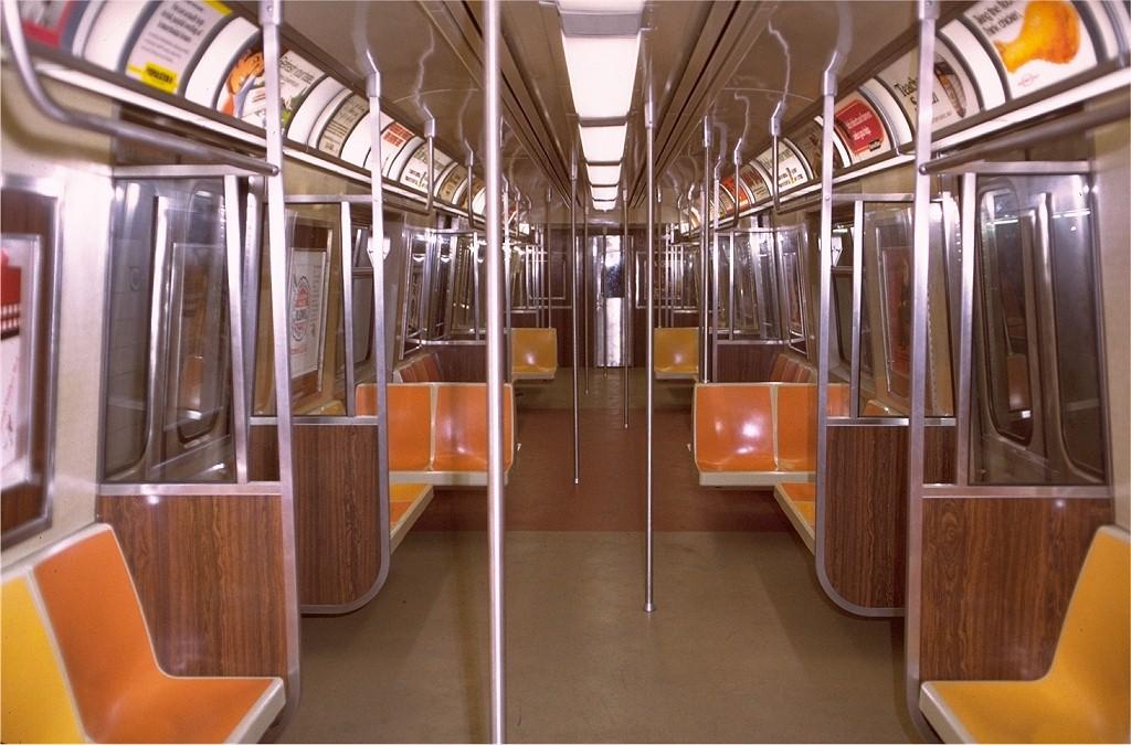 (192k, 1024x675)<br><b>Country:</b> United States<br><b>City:</b> New York<br><b>System:</b> New York City Transit<br><b>Car:</b> R-44 (St. Louis, 1971-73) 112 <br><b>Photo by:</b> Doug Grotjahn<br><b>Collection of:</b> Joe Testagrose<br><b>Date:</b> 12/19/1971<br><b>Viewed (this week/total):</b> 4 / 20927