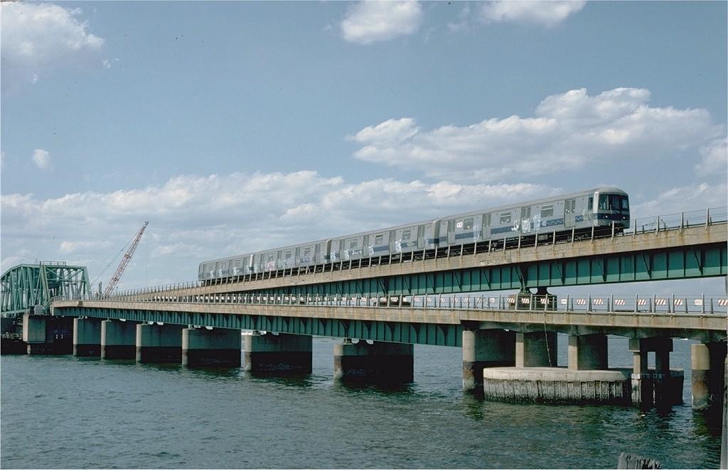 (173k, 1024x662)<br><b>Country:</b> United States<br><b>City:</b> New York<br><b>System:</b> New York City Transit<br><b>Line:</b> IND Rockaway Line<br><b>Location:</b> South Channel Bridge<br><b>Route:</b> S<br><b>Car:</b> R-44 (St. Louis, 1971-73) 122 <br><b>Photo by:</b> Ed McKernan<br><b>Collection of:</b> Joe Testagrose<br><b>Date:</b> 6/19/1977<br><b>Viewed (this week/total):</b> 0 / 6452