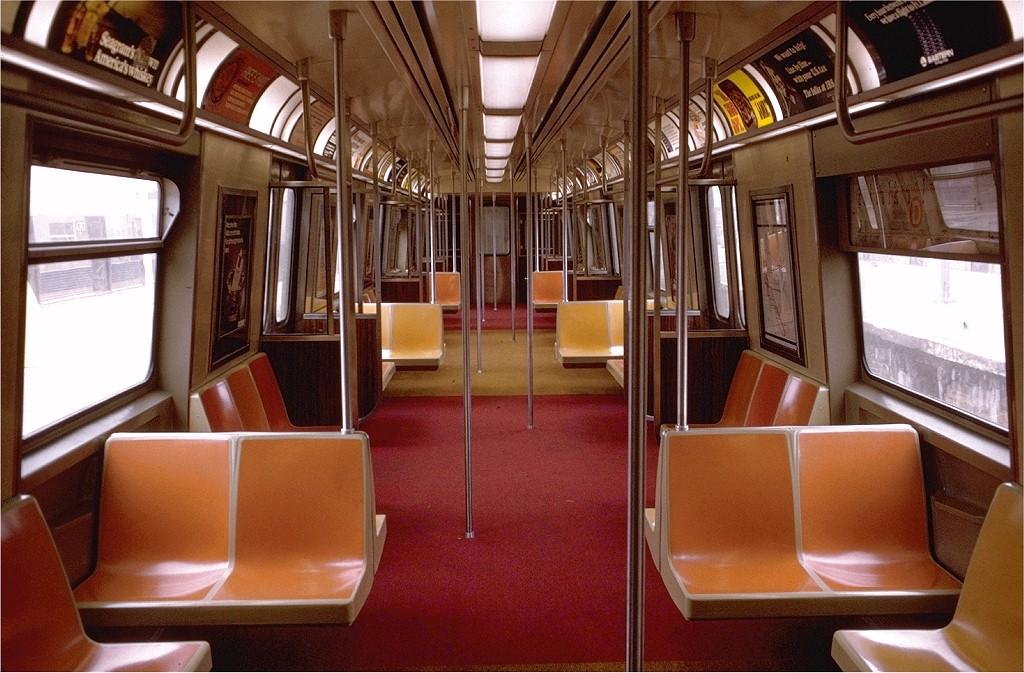 (212k, 1024x673)<br><b>Country:</b> United States<br><b>City:</b> New York<br><b>System:</b> New York City Transit<br><b>Car:</b> R-44 (St. Louis, 1971-73) 331 <br><b>Photo by:</b> Doug Grotjahn<br><b>Collection of:</b> Joe Testagrose<br><b>Date:</b> 3/18/1973<br><b>Viewed (this week/total):</b> 7 / 28902