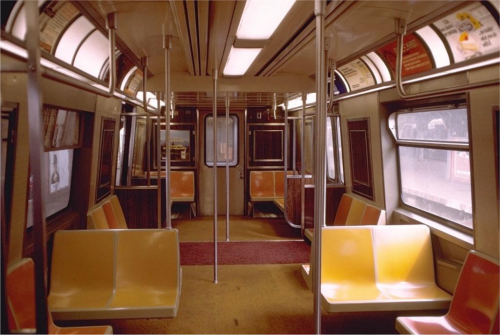 (205k, 1024x687)<br><b>Country:</b> United States<br><b>City:</b> New York<br><b>System:</b> New York City Transit<br><b>Car:</b> R-44 (St. Louis, 1971-73) 333 <br><b>Photo by:</b> Doug Grotjahn<br><b>Collection of:</b> Joe Testagrose<br><b>Date:</b> 3/18/1973<br><b>Viewed (this week/total):</b> 2 / 16747