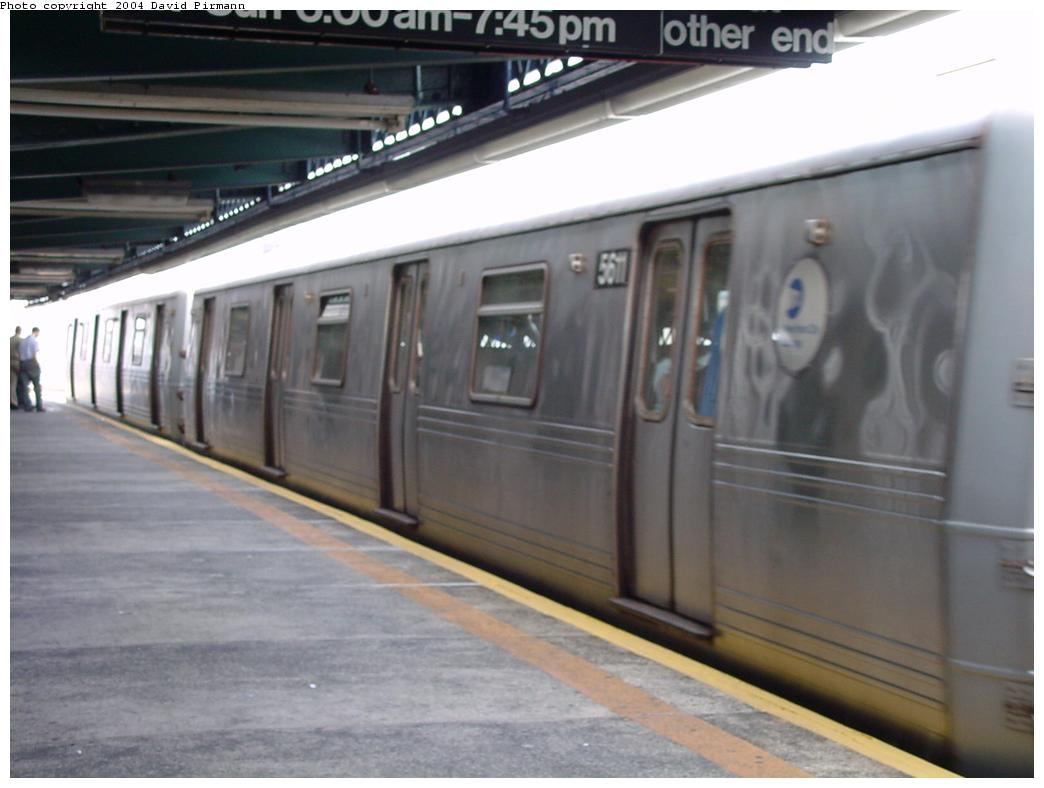 (87k, 1044x788)<br><b>Country:</b> United States<br><b>City:</b> New York<br><b>System:</b> New York City Transit<br><b>Line:</b> BMT Culver Line<br><b>Location:</b> Ditmas Avenue<br><b>Route:</b> F<br><b>Car:</b> R-46 (Pullman-Standard, 1974-75) 5611 <br><b>Photo by:</b> David Pirmann<br><b>Date:</b> 8/27/2000<br><b>Viewed (this week/total):</b> 0 / 3757