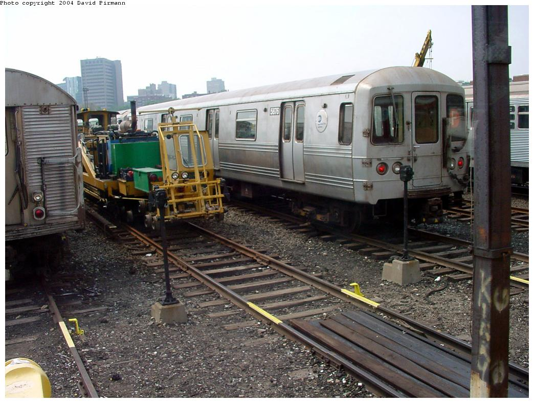 (147k, 1044x788)<br><b>Country:</b> United States<br><b>City:</b> New York<br><b>System:</b> New York City Transit<br><b>Location:</b> Jamaica Yard/Shops<br><b>Car:</b> R-46 (Pullman-Standard, 1974-75) 5876 <br><b>Photo by:</b> David Pirmann<br><b>Date:</b> 8/27/2000<br><b>Viewed (this week/total):</b> 0 / 6709