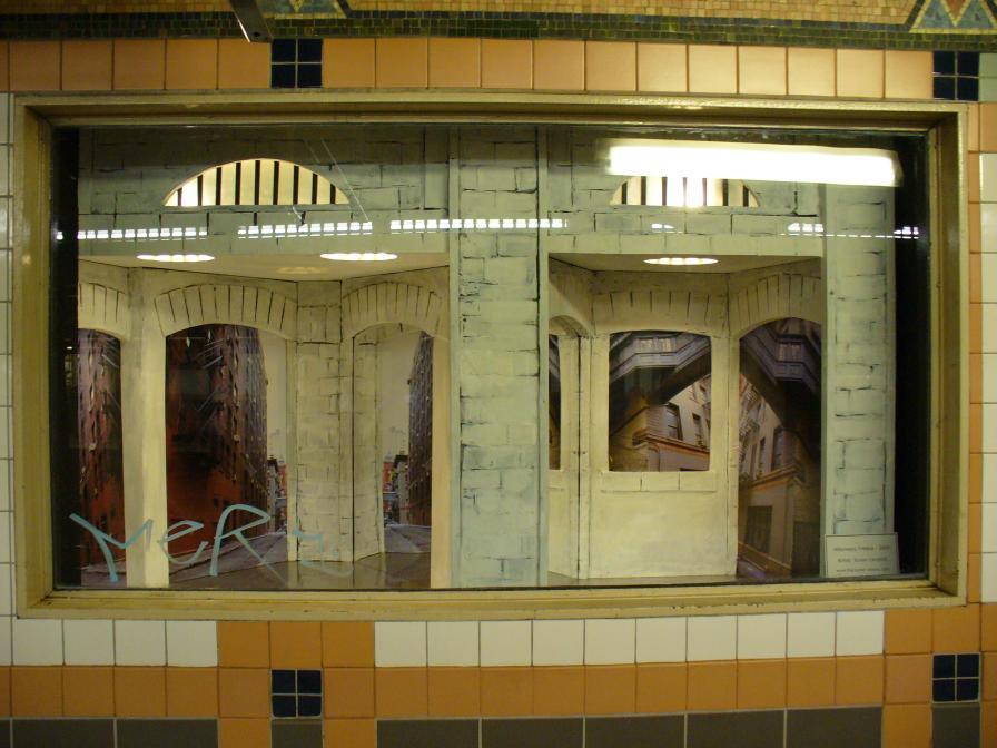 (105k, 896x672)<br><b>Country:</b> United States<br><b>City:</b> New York<br><b>System:</b> New York City Transit<br><b>Line:</b> IRT West Side Line<br><b>Location:</b> Franklin Street<br><b>Photo by:</b> Robbie Rosenfeld<br><b>Date:</b> 6/16/2006<br><b>Artwork:</b> <i>Alleyways, Tribeca</i>, Susan Leopold, 2005<br><b>Viewed (this week/total):</b> 0 / 5359