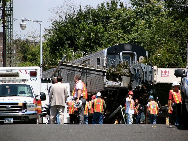 (146k, 800x600)<br><b>Country:</b> United States<br><b>City:</b> New York<br><b>System:</b> New York City Transit<br><b>Location:</b> Rockaway Parkway (Canarsie) Yard<br><b>Car:</b> R-143 (Kawasaki, 2001-2002) 8277 <br><b>Photo by:</b> Dante D. Angerville<br><b>Date:</b> 6/21/2006<br><b>Notes:</b> Train in Canarsie Yard overshoots bumper after motorman has seizure.<br><b>Viewed (this week/total):</b> 16 / 25902