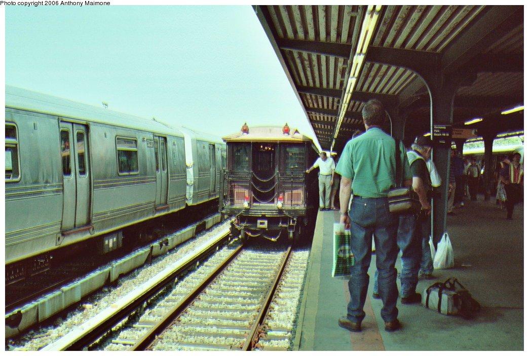 (175k, 1044x703)<br><b>Country:</b> United States<br><b>City:</b> New York<br><b>System:</b> New York City Transit<br><b>Line:</b> IND Rockaway Line<br><b>Location:</b> Rockaway Park/Beach 116th Street<br><b>Route:</b> Fan Trip<br><b>Car:</b> BMT Elevated Gate Car 1404 <br><b>Photo by:</b> Anthony Maimone<br><b>Date:</b> 6/17/2006<br><b>Viewed (this week/total):</b> 1 / 2947