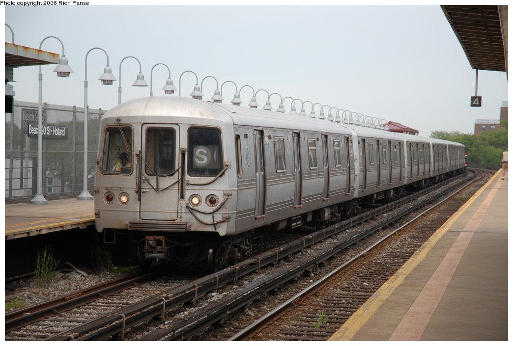 (182k, 1044x705)<br><b>Country:</b> United States<br><b>City:</b> New York<br><b>System:</b> New York City Transit<br><b>Line:</b> IND Rockaway Line<br><b>Location:</b> Beach 105th Street/Seaside<br><b>Route:</b> S<br><b>Car:</b> R-44 (St. Louis, 1971-73) 5434 <br><b>Photo by:</b> Richard Panse<br><b>Date:</b> 6/17/2006<br><b>Viewed (this week/total):</b> 2 / 3488