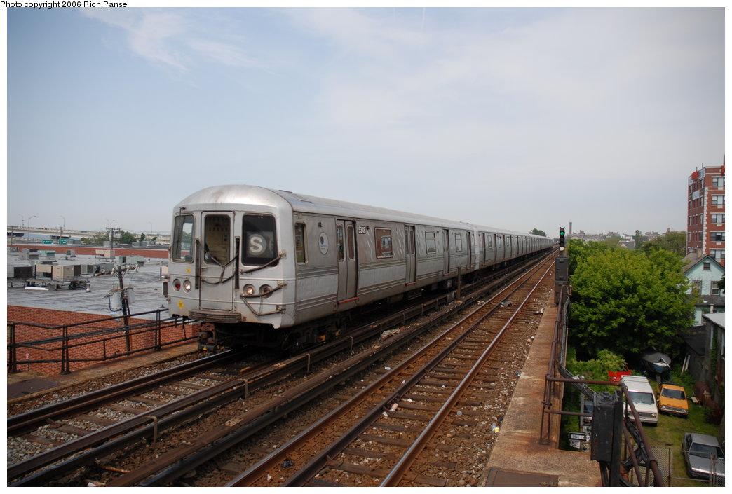 (177k, 1044x705)<br><b>Country:</b> United States<br><b>City:</b> New York<br><b>System:</b> New York City Transit<br><b>Line:</b> IND Rockaway Line<br><b>Location:</b> Beach 105th Street/Seaside<br><b>Route:</b> S<br><b>Car:</b> R-44 (St. Louis, 1971-73) 5434 <br><b>Photo by:</b> Richard Panse<br><b>Date:</b> 6/17/2006<br><b>Viewed (this week/total):</b> 0 / 2808