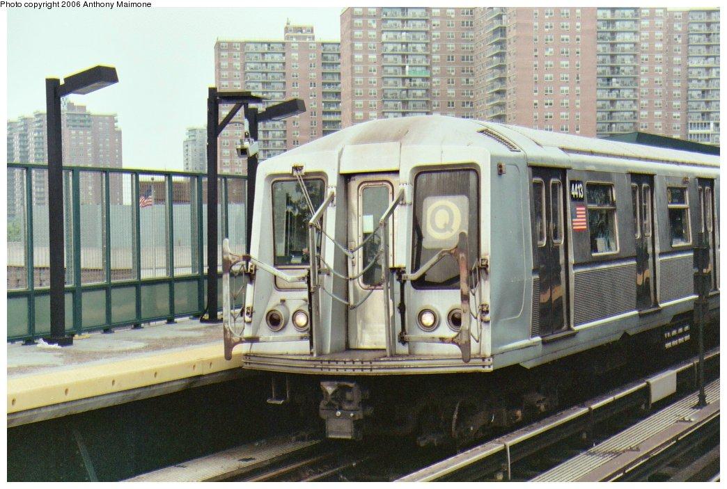 (177k, 1044x703)<br><b>Country:</b> United States<br><b>City:</b> New York<br><b>System:</b> New York City Transit<br><b>Line:</b> BMT Brighton Line<br><b>Location:</b> West 8th Street<br><b>Route:</b> Q<br><b>Car:</b> R-40 (St. Louis, 1968) 4413 <br><b>Photo by:</b> Anthony Maimone<br><b>Date:</b> 7/2/2006<br><b>Viewed (this week/total):</b> 7 / 3916