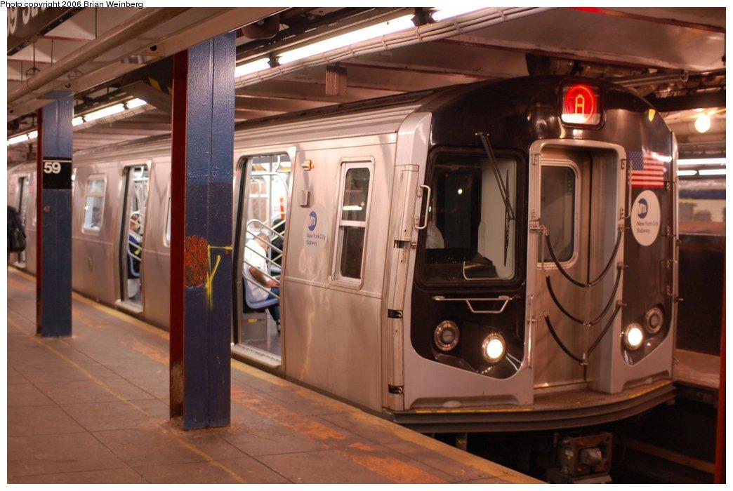(193k, 1044x700)<br><b>Country:</b> United States<br><b>City:</b> New York<br><b>System:</b> New York City Transit<br><b>Line:</b> IND 8th Avenue Line<br><b>Location:</b> 59th Street/Columbus Circle<br><b>Route:</b> A<br><b>Car:</b> R-160A-2 (Alstom, 2005-2008, 5 car sets) 8653 <br><b>Photo by:</b> Brian Weinberg<br><b>Date:</b> 10/16/2006<br><b>Notes:</b> First day of revenue service testing of the R160A.<br><b>Viewed (this week/total):</b> 5 / 6154