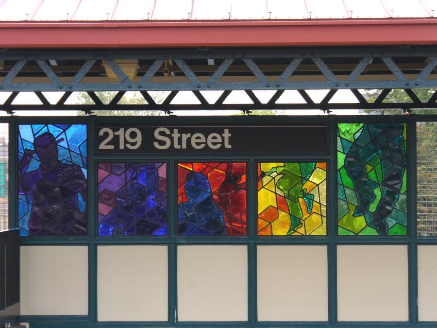 (110k, 900x675)<br><b>Country:</b> United States<br><b>City:</b> New York<br><b>System:</b> New York City Transit<br><b>Line:</b> IRT White Plains Road Line<br><b>Location:</b> 219th Street<br><b>Photo by:</b> Robbie Rosenfeld<br><b>Date:</b> 10/27/2006<br><b>Artwork:</b> <i>Homage</i>, Joseph D'Alesandro, 2006<br><b>Viewed (this week/total):</b> 1 / 2735