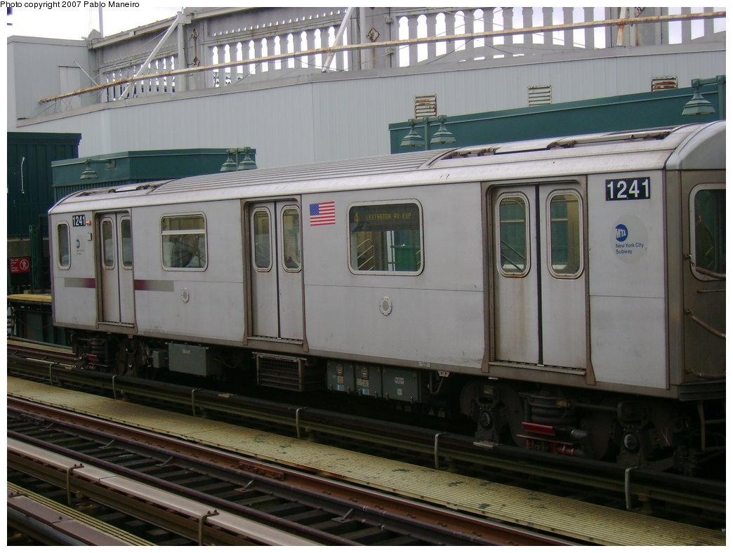 (180k, 1044x788)<br><b>Country:</b> United States<br><b>City:</b> New York<br><b>System:</b> New York City Transit<br><b>Line:</b> IRT Woodlawn Line<br><b>Location:</b> 161st Street-River Avenue (Yankee Stadium)<br><b>Route:</b> 4<br><b>Car:</b> R-142 (Option Order, Bombardier, 2002-2003) 1241 <br><b>Photo by:</b> Pablo Maneiro<br><b>Date:</b> 12/30/2006<br><b>Viewed (this week/total):</b> 0 / 3130