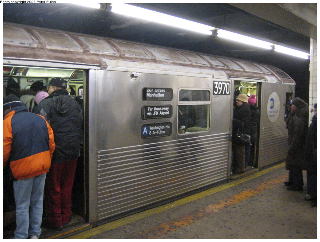 (206k, 1044x788)<br><b>Country:</b> United States<br><b>City:</b> New York<br><b>System:</b> New York City Transit<br><b>Line:</b> IND 8th Avenue Line<br><b>Location:</b> Jay St./Metrotech (Borough Hall)<br><b>Route:</b> A<br><b>Car:</b> R-38 (St. Louis, 1966-1967) 3970 <br><b>Photo by:</b> Peter Puleo<br><b>Date:</b> 1/29/2007<br><b>Viewed (this week/total):</b> 0 / 5771