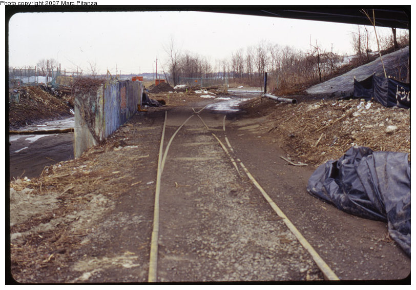 (129k, 812x565)<br><b>Country:</b> United States<br><b>City:</b> New York<br><b>System:</b> New York City Transit<br><b>Line:</b> SIRT<br><b>Location:</b> Richmond Valley<br><b>Photo by:</b> Marc Pitanza<br><b>Date:</b> 1/28/2007<br><b>Notes:</b> Richmond Valley spur switch under Page Ave., view looking south.<br><b>Viewed (this week/total):</b> 6 / 5366