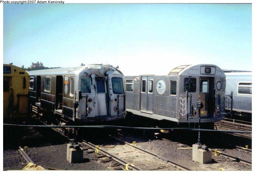 (77k, 820x561)<br><b>Country:</b> United States<br><b>City:</b> New York<br><b>System:</b> New York City Transit<br><b>Location:</b> 207th Street Yard<br><b>Car:</b> R-62 (Kawasaki, 1983-1985) 1370 <br><b>Photo by:</b> Adam Kaminsky<br><b>Date:</b> 8/24/2003<br><b>Viewed (this week/total):</b> 1 / 3236