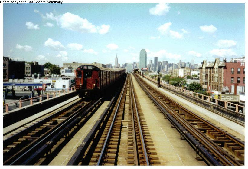 (129k, 820x558)<br><b>Country:</b> United States<br><b>City:</b> New York<br><b>System:</b> New York City Transit<br><b>Line:</b> IRT Flushing Line<br><b>Location:</b> 46th Street/Bliss Street<br><b>Route:</b> 7<br><b>Car:</b> R-36 World's Fair (St. Louis, 1963-64)  <br><b>Photo by:</b> Adam Kaminsky<br><b>Date:</b> 8/18/2003<br><b>Viewed (this week/total):</b> 1 / 3011