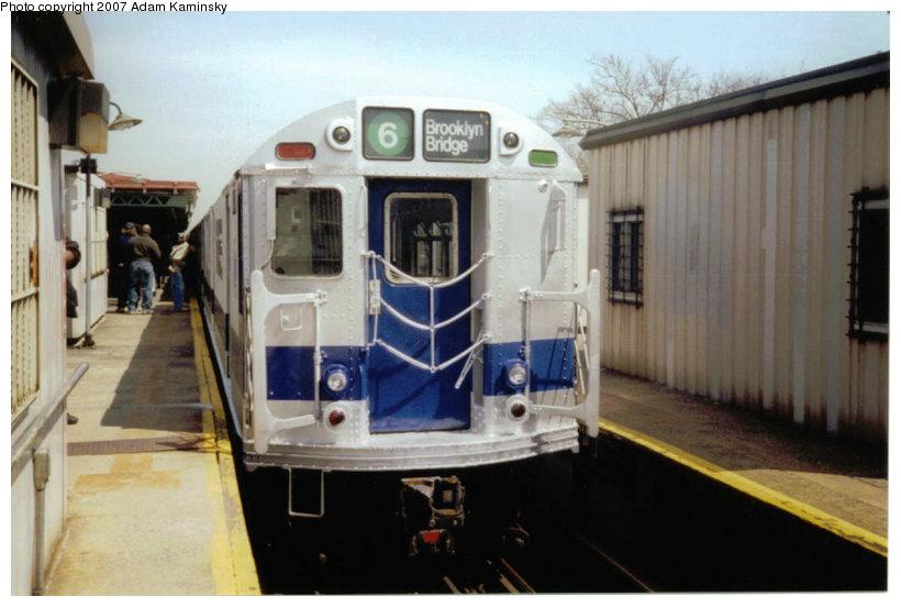 (95k, 820x552)<br><b>Country:</b> United States<br><b>City:</b> New York<br><b>System:</b> New York City Transit<br><b>Line:</b> IRT Pelham Line<br><b>Location:</b> East 177th Street/Parkchester<br><b>Route:</b> Fan Trip<br><b>Car:</b> R-33 Main Line (St. Louis, 1962-63) 9010 <br><b>Photo by:</b> Adam Kaminsky<br><b>Date:</b> 4/17/2004<br><b>Viewed (this week/total):</b> 1 / 2899