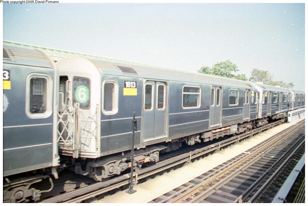 (196k, 1044x697)<br><b>Country:</b> United States<br><b>City:</b> New York<br><b>System:</b> New York City Transit<br><b>Line:</b> IRT Pelham Line<br><b>Location:</b> Westchester Square<br><b>Route:</b> 6<br><b>Car:</b> R-62A (Bombardier, 1984-1987) 1813 <br><b>Photo by:</b> David Pirmann<br><b>Date:</b> 9/13/1998<br><b>Viewed (this week/total):</b> 4 / 5404