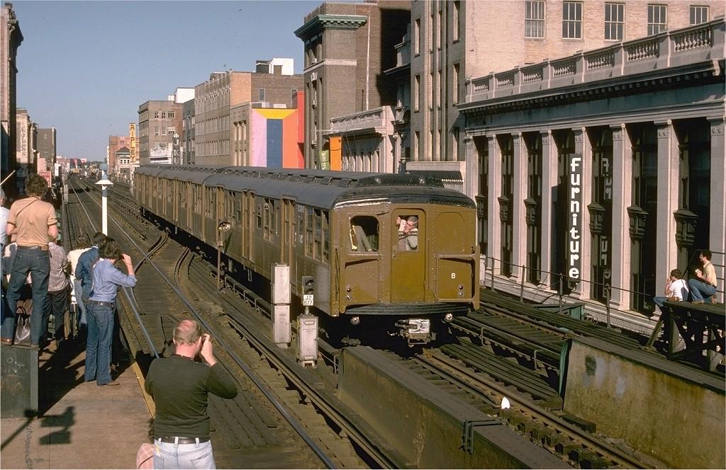 (242k, 1024x664)<br><b>Country:</b> United States<br><b>City:</b> New York<br><b>System:</b> New York City Transit<br><b>Line:</b> BMT Nassau Street-Jamaica Line<br><b>Location:</b> 160th Street (Demolished)<br><b>Route:</b> Fan Trip<br><b>Car:</b> BMT A/B-Type Standard 2390 <br><b>Photo by:</b> Joe Testagrose<br><b>Date:</b> 9/11/1977<br><b>Viewed (this week/total):</b> 2 / 9404